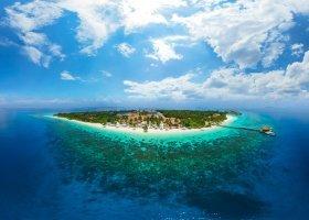 maledivy-hotel-reethi-faru-resort-036.jpg