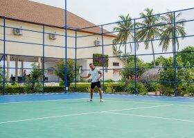 maledivy-hotel-reethi-faru-resort-043.jpg