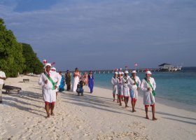 maledivy-hotel-royal-island-resort-012.jpg
