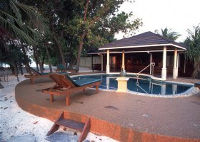 maledivy-hotel-royal-island-resort-023.jpg