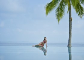 maledivy-hotel-royal-island-resort-108.jpg