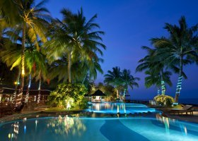 maledivy-hotel-royal-island-resort-112.jpg