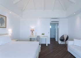 maledivy-hotel-sandies-bathala-012.jpg