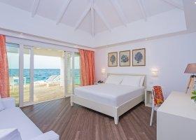maledivy-hotel-sandies-bathala-015.jpg