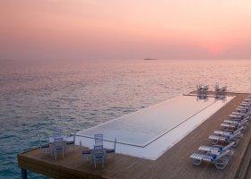 maledivy-hotel-sandies-bathala-051.jpg