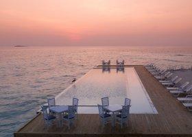 maledivy-hotel-sandies-bathala-052.jpg