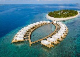 maledivy-hotel-sandies-bathala-056.jpg