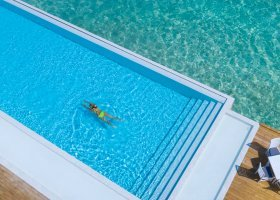 maledivy-hotel-sandies-bathala-076.jpg