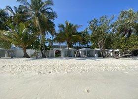 maledivy-hotel-sandies-bathala-215.jpg