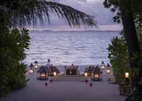 maledivy-hotel-shangri-la-s-villingili-234.jpg