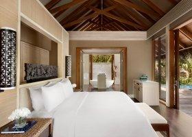 maledivy-hotel-shangri-la-s-villingili-255.jpg