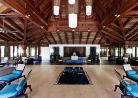 maledivy-hotel-sheraton-full-moon-resort-120.jpg