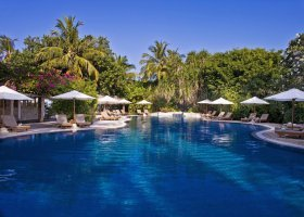 maledivy-hotel-sheraton-full-moon-resort-140.jpg