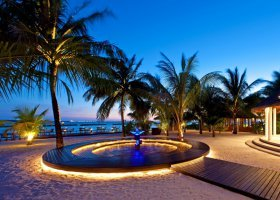 maledivy-hotel-sheraton-full-moon-resort-141.jpg