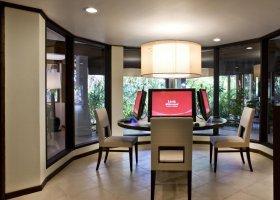 maledivy-hotel-sheraton-full-moon-resort-158.jpg