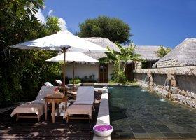 maledivy-hotel-sheraton-full-moon-resort-180.jpg