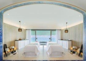 maledivy-hotel-st-regis-vommuli-006.jpg