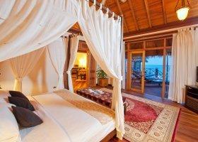 maledivy-hotel-sun-aqua-vilu-reef-002.jpg