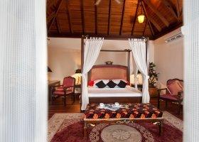 maledivy-hotel-sun-aqua-vilu-reef-004.jpg