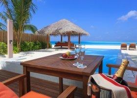maledivy-hotel-sun-aqua-vilu-reef-005.jpg