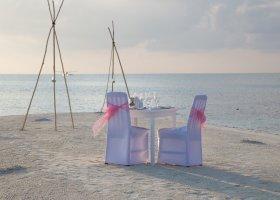 maledivy-hotel-sun-aqua-vilu-reef-015.jpg