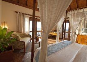 maledivy-hotel-sun-aqua-vilu-reef-018.jpg