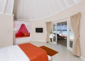 maledivy-hotel-sun-aqua-vilu-reef-020.jpg