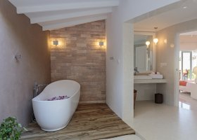 maledivy-hotel-sun-aqua-vilu-reef-023.jpg