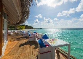 maledivy-hotel-sun-aqua-vilu-reef-051.jpg
