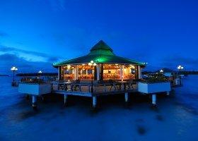 maledivy-hotel-sun-island-resort-057.jpg