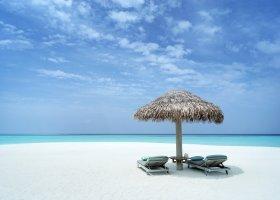 maledivy-hotel-vakkaru-maldives-002.jpg