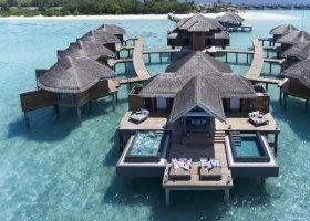 maledivy-hotel-vakkaru-maldives-010.jpg