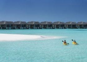 maledivy-hotel-vakkaru-maldives-020.jpg