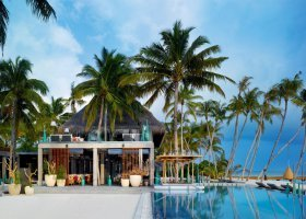 maledivy-hotel-velaa-private-island-069.jpg