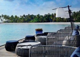 maledivy-hotel-velaa-private-island-082.jpg