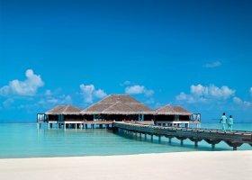 maledivy-hotel-velaa-private-island-085.jpg