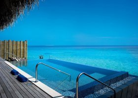 maledivy-hotel-velaa-private-island-087.jpg
