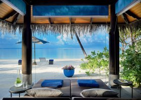 maledivy-hotel-velaa-private-island-093.jpg