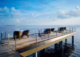 maledivy-hotel-velaa-private-island-095.jpg