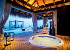 maledivy-hotel-velaa-private-island-104.jpg