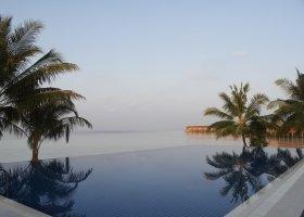 maledivy-hotel-vilamendhoo-island-169.jpg