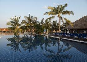maledivy-hotel-vilamendhoo-island-171.jpg