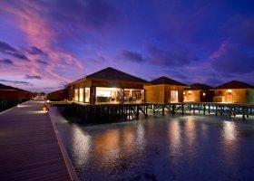 maledivy-hotel-vilamendhoo-island-189.jpg