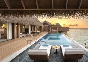 maledivy-hotel-waldorf-astoria-maldives-ithaafushi-020.jpg