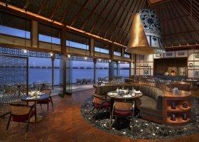 maledivy-hotel-waldorf-astoria-maldives-ithaafushi-033.jpg