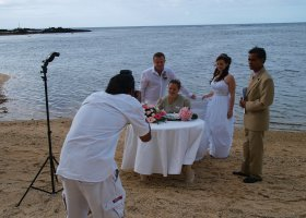 Delegátka pomáhá také při svatbách našich klientů jako svatební překladatelka.