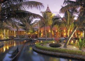 mauricius-hotel-dinarobin-beachcomber-301.jpg