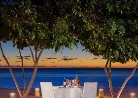 mauricius-hotel-st-regis-resort-102.jpg
