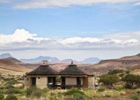 namibie-hotel-damaraland-camp-032.jpg
