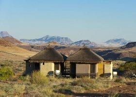 namibie-hotel-damaraland-camp-033.jpg